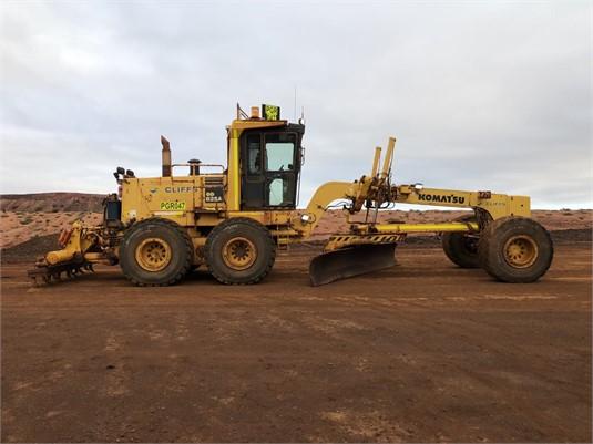 2012 Komatsu GD825A-2 - Heavy Machinery for Sale