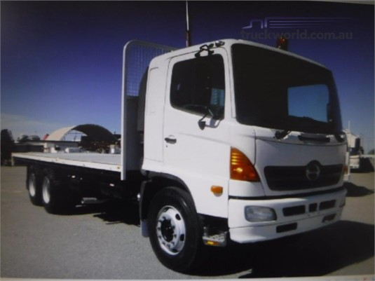 2004 Hino FM1J - Trucks for Sale