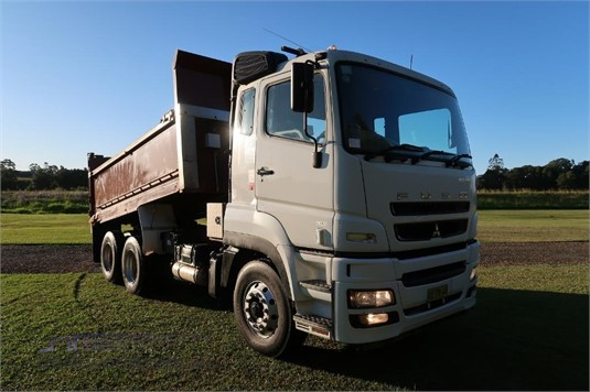 2015 Fuso FV51 Heavy Duty MWB AMT - Trucks for Sale