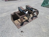 Bobcat Loader Bucket with Hydraulic Grapple