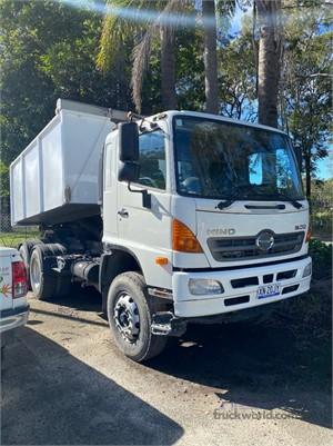 2011 Hino FM2630 - Trucks for Sale