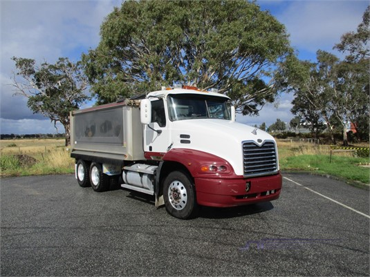 2007 Mack VISION CX613 - Trucks for Sale