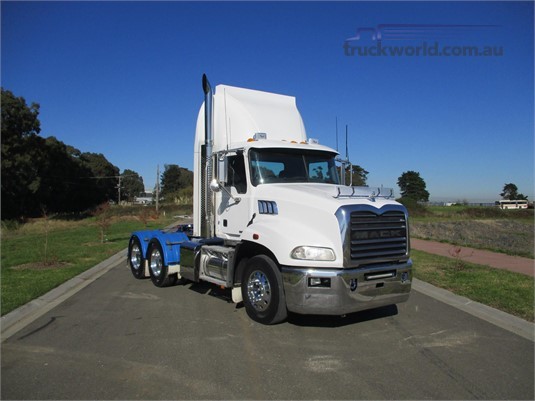 2015 Mack CMMT - Trucks for Sale