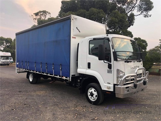2008 Isuzu FRR - Trucks for Sale