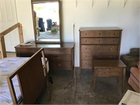 St  Charles Estate Auction
