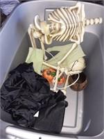 Tub of Miscellaneous Halloween Decor