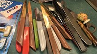 "Vintage 6pc Set of Rogers Cutlery Enameled 12"""