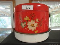 Vintage metal cake cover/carrier