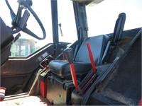 International 1586 Wheel Tractor