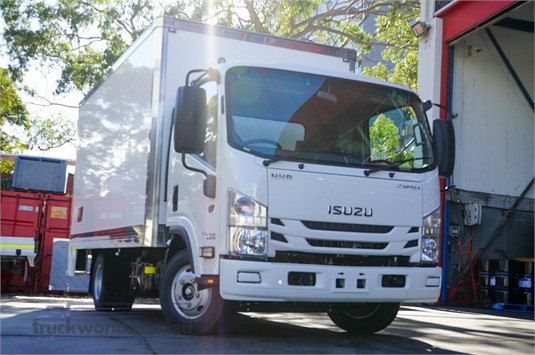 2020 Isuzu NNR 200 - Trucks for Sale