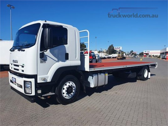 2014 Isuzu FVD - Trucks for Sale