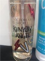 VS Runway Angel Spray & Bath & Body Works True