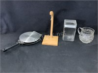 Lot of Assorted Kitchen Accessories