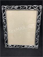 (2) Frames