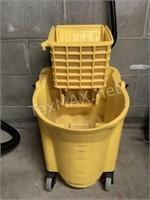 Rubbermaid Commercial Mop Bucket