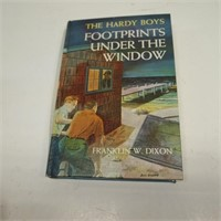 The Hardy Boys/Footprints Under The Window
