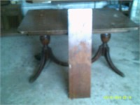 Double Pedestal Dining Room Table - 1 Insert