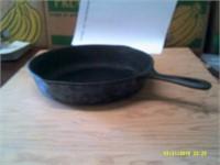 "11"" Cast Iron Frying Pan"