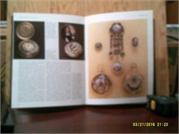 The History Of Clocks & Watches -288 Pages & Case