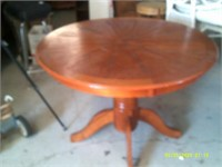 "Solid Wood Round Table - 42 "" Diameter"