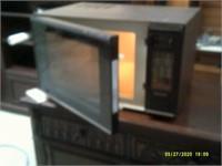 Kenmore Microwave - 15 x 10 x 15