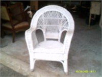 Large White Wicker Arm Chair