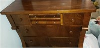 Beautiful vintage wood 7 drawer chest of drawers
