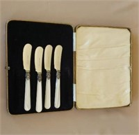 Italian Mother Of Pearl Cheese Knife Set in Box