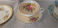 Lot of 4 Vintage Cup & Saucers