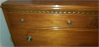 Beautiful wood mid century modern 4 drawer dresser