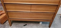 Vintage 4 Drawer Chest of Drawers