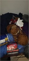 Estate lot of yarn, and sewing supplies