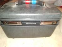 Vintage samsonite  make up case with key