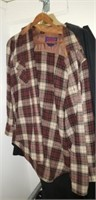 Estate lot of very nice male clothing