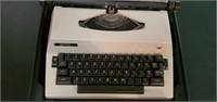 Vintage Royal Typewriter In Case