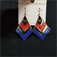 (2) Pairs of Fashion Earrings