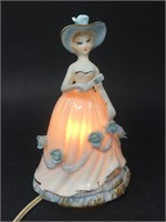 Vintage Irice Import Porcelain Figurine Lamp