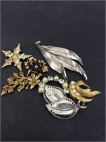 Vintage Pins- Lot of Seven