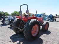 Kubota M900 Wheel Tractor