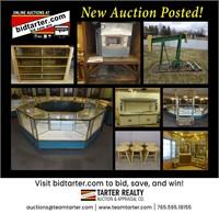 Silvertowne Liquidation!! Showcases, Furniture, etc!