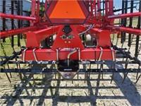 Sunflower 6333 Soil Finisher, 31 Ft., Rear Hitch