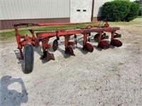 Massey Ferguson Model 88, 5 Bottom Plow