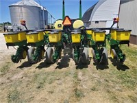 JD 7200 Planter, 12 Row, Vac, New No Till