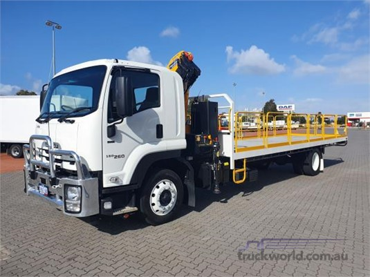 2020 Isuzu FTR - Trucks for Sale