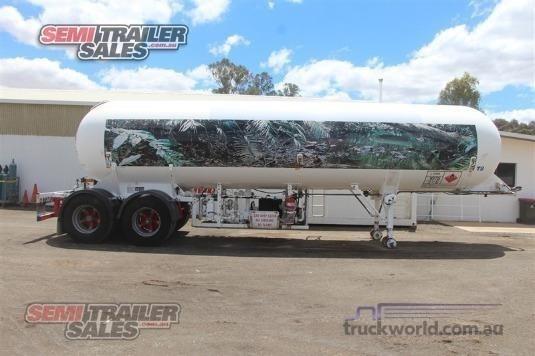2005 Custom Tanker Trailer - Trailers for Sale