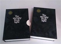 Lot of The itty bitty book light