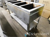 Duke Aerohot 4-bay steam table on wheels. Located