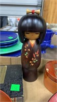 2 Oriental Dolls, Lacquer Ware, Asian Place Cards