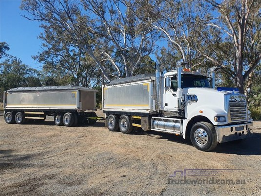 2017 Mack Trident - Trucks for Sale