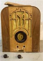 Coconado Wood Case Tube Radio